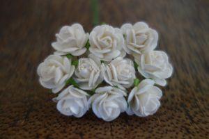 Рози, бели, 15мм