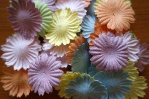 Маргаритки, микс пастелни цветове, 50бр., 25 мм