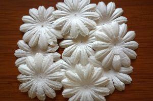 Бели маргаритки от мълбери хартия, 40 мм, 20бр..