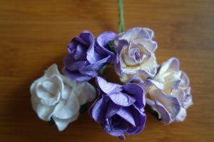 Лилави къдрави рози от хартия, 37,5 мм