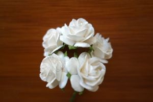 Рози от мълбери хартия, бели, 20 мм