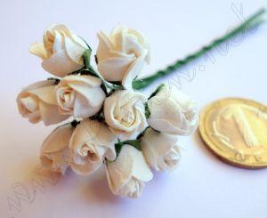 Бели полуотворени пъпки на роза, мълбери хартия 10 мм