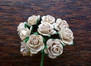 Рози, бежови, 15мм