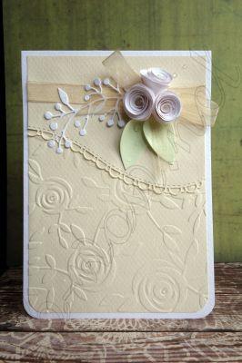 """Картичка """"Рози в бяло и екрю"""""""