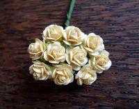 Кремави рози, мълбери хартия, 15 мм