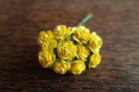 Рози от мълбери хартия, жълти, 15мм