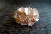 Цветя от мълбери хартия, бледопрасковено-бели, 10бр., 20мм
